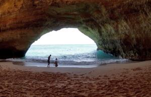 Benagil_Algarve_Portugal
