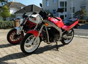 SuzukiGS400_Ducati821